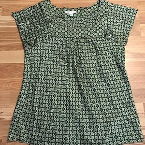 Green Pattern Square-Neck Silky Blouse